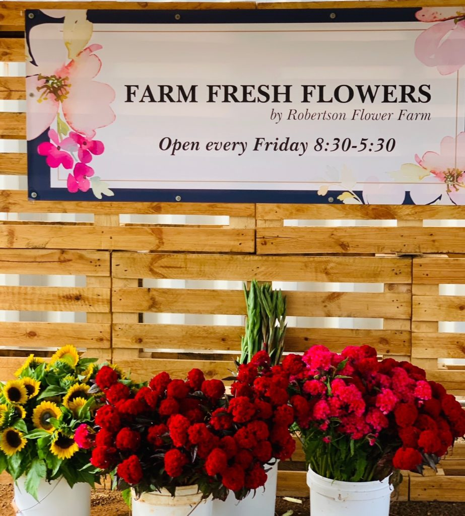 Mother's Day flowers at Robertson Flower Farm.