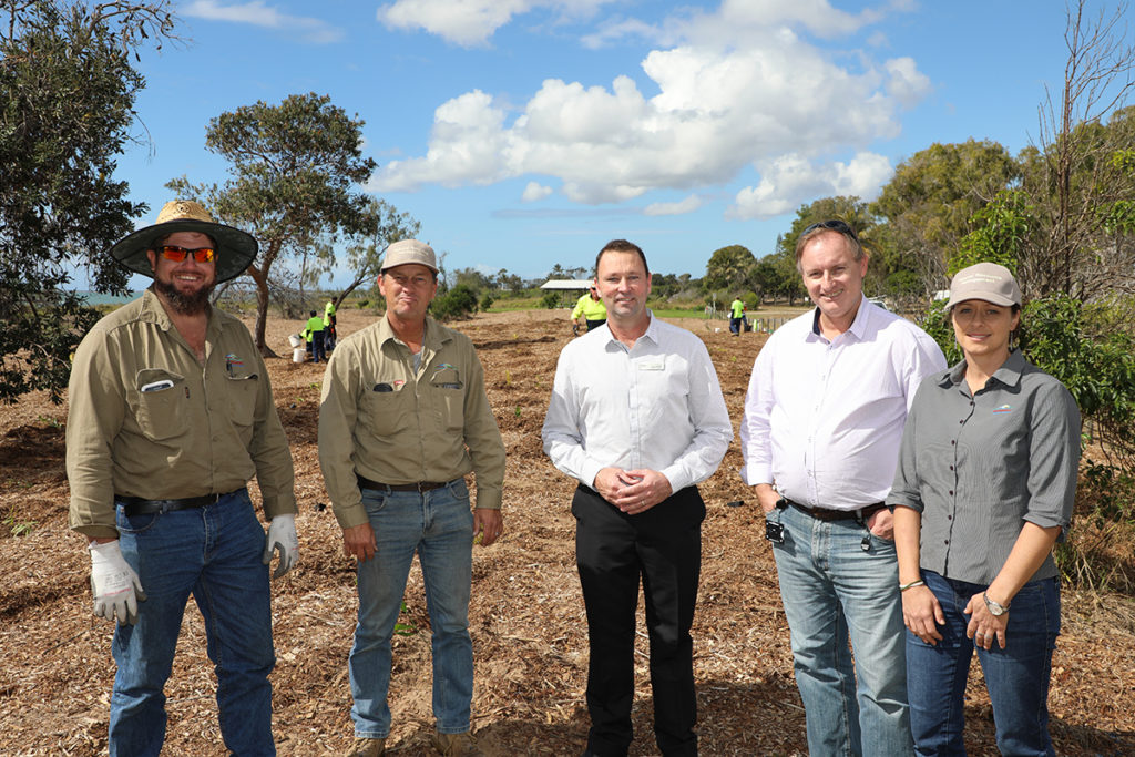 Ian Routledge, Danny English, Cr Jason Bartels, Greg O'Neill and Sally Obst at the Moore Park Foreshore for stage three of the re vegetation project.