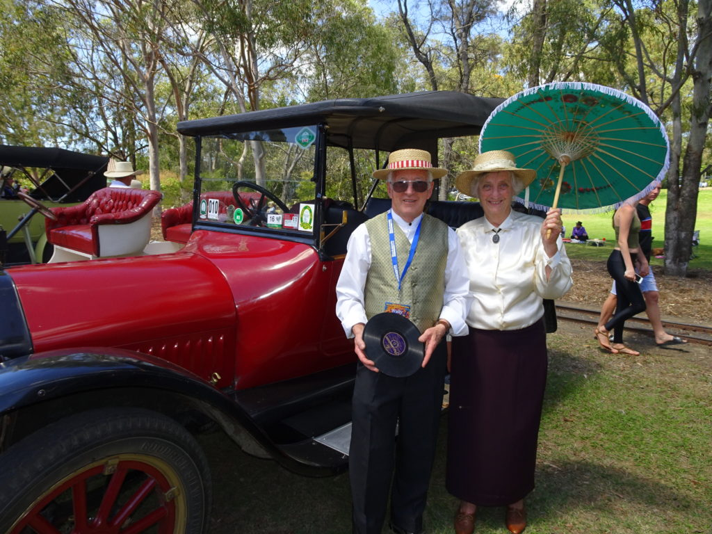 Hustling Hinkler plays National Veteran Vehicle Rally Bundaberg