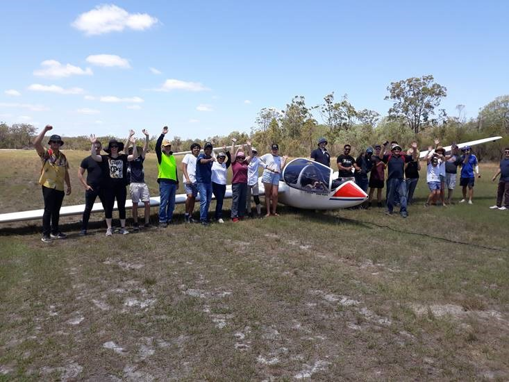 Bundaberg Gliding Club CQU students