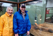 Glen and Linley Bartlett enjoyed the visit to Snakes Downunder with the APSLQ group despite the rain.