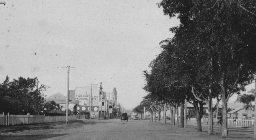 Bourbong St in 1929 after asphaltic surfacing laid by Council